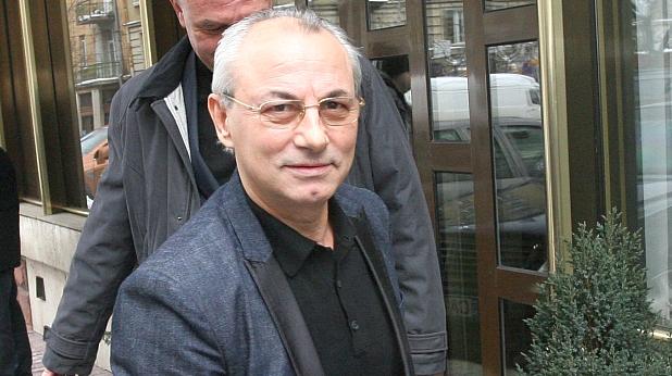 Ахмед Доган 75x81