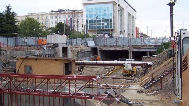 разкопки, метро