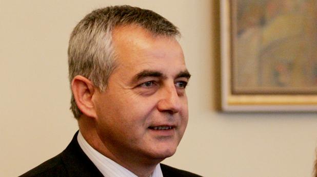 Емил Райнов