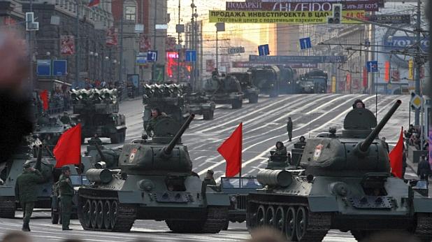 парад, танкове
