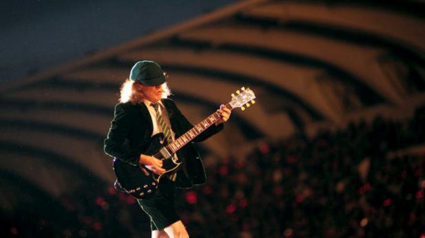 AC/DC LIVE