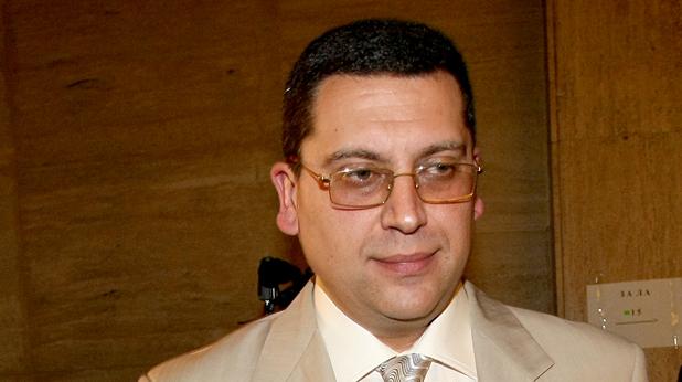 Марио Николов