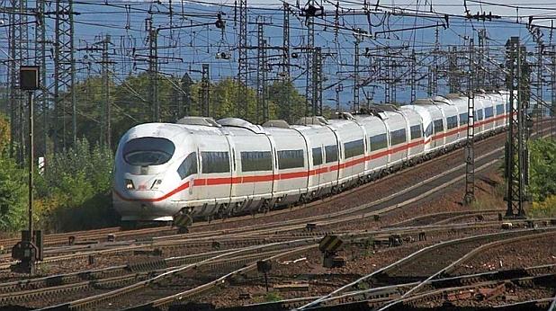 влак, ice3