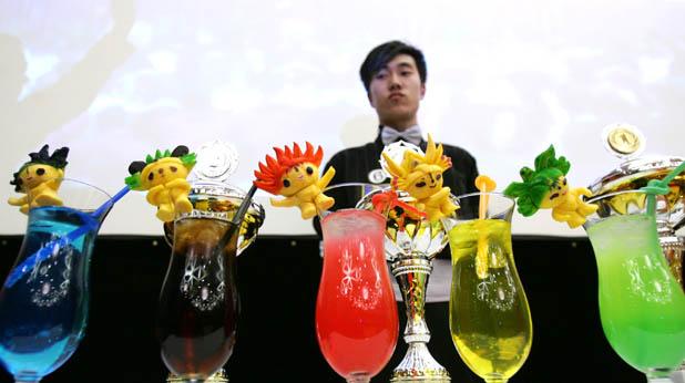 барман, коктейли