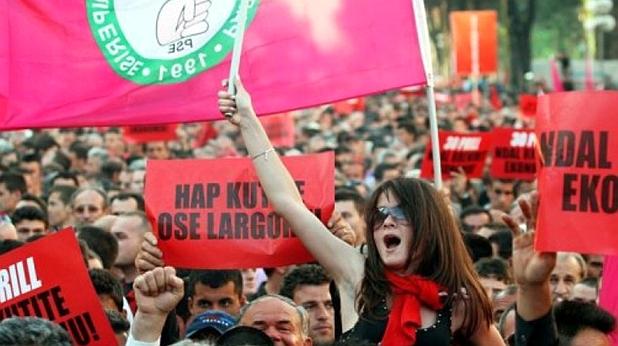 протест, албания