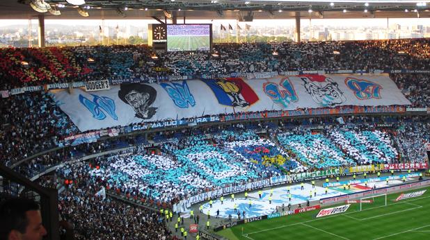 Хореография на феновете на Олимпик (Марсилия)