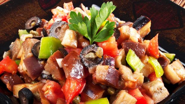 Гръцка салата с патладжани