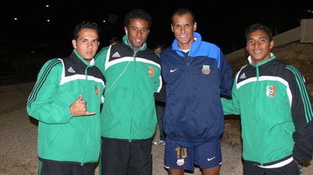 Ривалдо със сънародниците си Уелингтон, Сандриньо и Дока след контролата Литекс - Буньодкор (0:0) през зимата на 2009