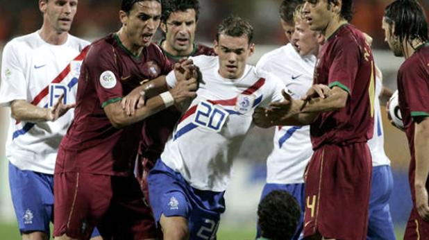 Бой на осминафинала Португалия - Холандия (1:0) на Мондиал 2006