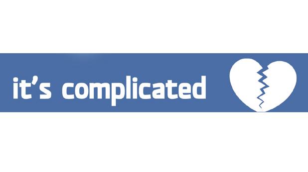 """Семеен статус: """"сложно е"""""""
