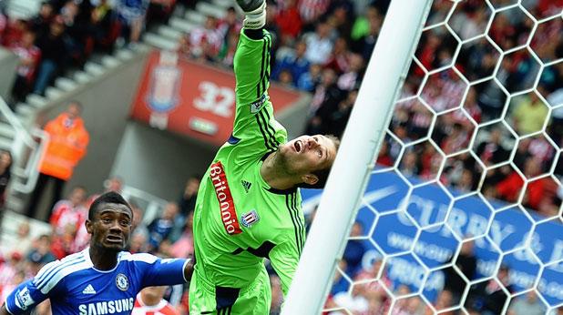 Асмир Бегович стана герой на мача Стоук Сити - Челси (0:0) на 14 август 2011