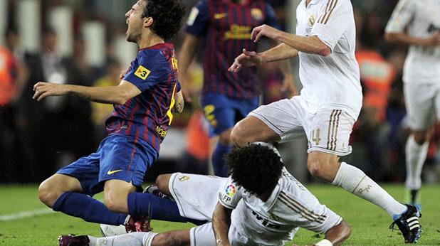 Бруталното влизане на Марсело в краката на Франсеск Фабрегас на мача-реванш за Суперкупата на Испания Барселона - Реал (Мадрид) 3:2