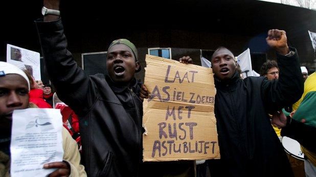 имигранти, холандия
