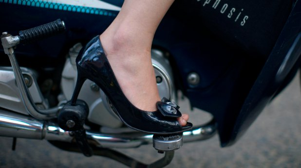 обувка, жена, работохоличка
