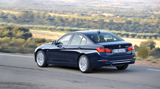 Novoto_BMW_Seria_3_Luxury_Line