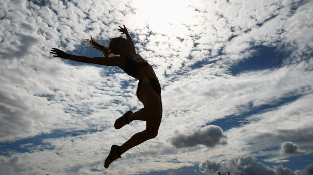 жена, скок