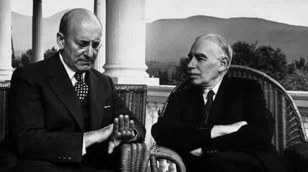 Кейнс и Хайек