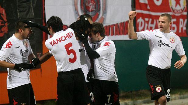 ЦСКА, радост, Янис Зику, Тодор Янчев