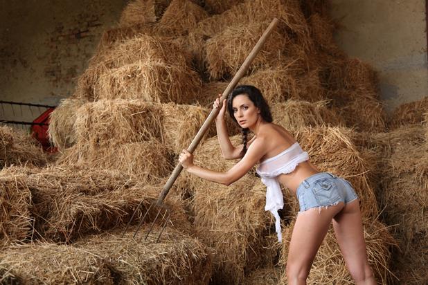 Резултат с изображение за жена фермерка