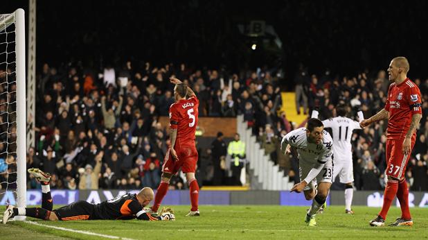 Демпси се радва след гола срещу Ливърпул