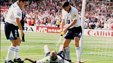 Пол Гаскойн, гол, Англия, Шотландия, Евро 1996, празнуване, зъболекарски стол, Теди Шерингам, Гари Невил