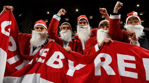 Феновете като Дядо Коледа