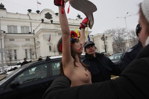 протест 4