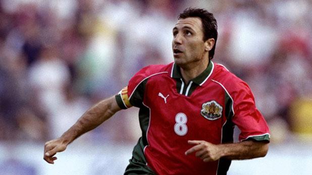 Христо Стоичков прекрати кариерата си в националния отбор на мача България - Англия (1:1) на 9 юни 1999