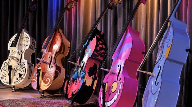 китари, музика, изкуство