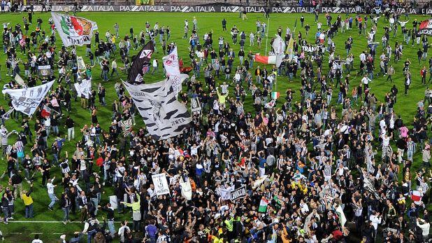 Ювентус, радост, шампион, титла, скудето, Серия А, Италия, сезон 2011/12, 2012