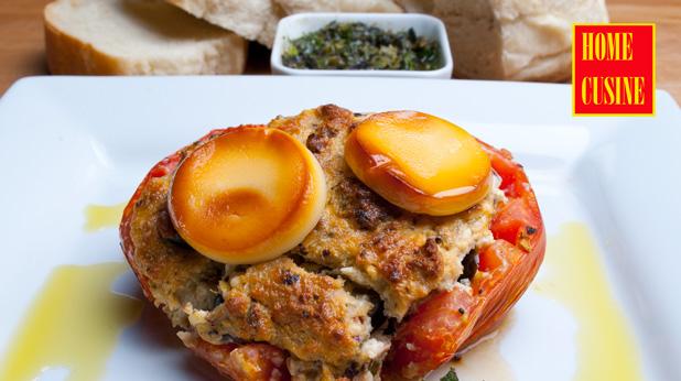 печени домати пълнени със сирене и босилек