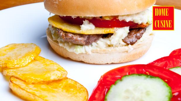 бургер с телешко