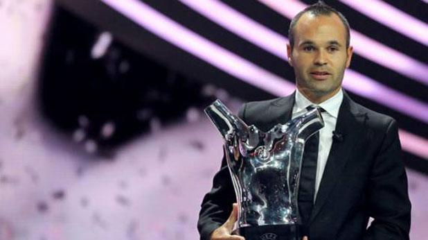 Андрес Иниеста, награда, най-добър футболист в Европа, сезон 2011/12