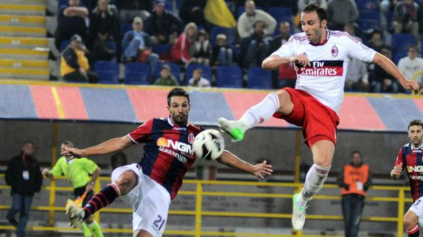 Джампаоло Пацини наниза хеттрик за победата на Милан с 3:1 в Болоня на 1 септември 2012