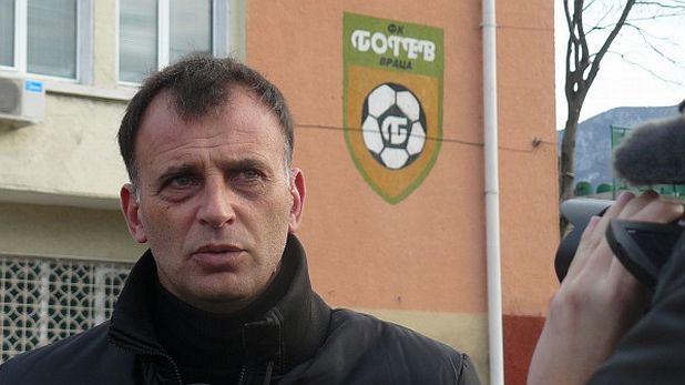 Антони Здравков, Ботев (Враца)