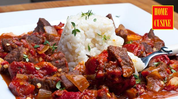 телешко с домати и печени чушки