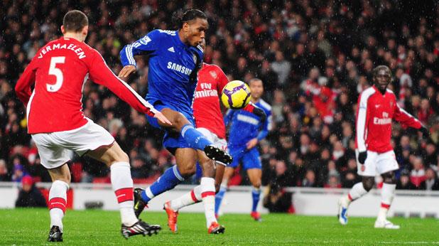 Томас Вермален си вкара автогол, а Дидие Дрогба се разписа на два пъти в мача Арсенал - Челси (0:3) на 29 ноември 2009