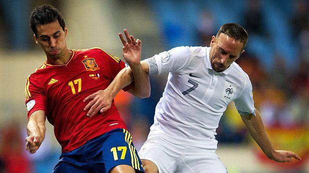 Алваро Арбелоа в двубой с Франк Рибери на мача Испания - Франция (1:1), квалификация за Мондиал 2014, играна на 16 октомври 2012