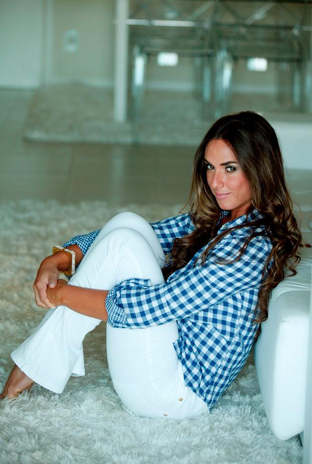 Никол Балси, Бразилия, модел 8