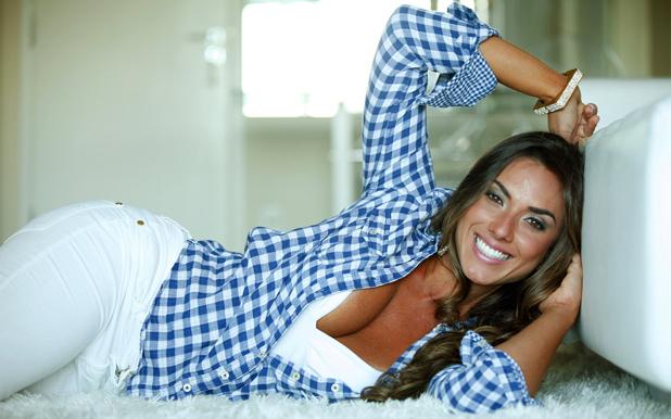 Никол Балси, Бразилия, модел