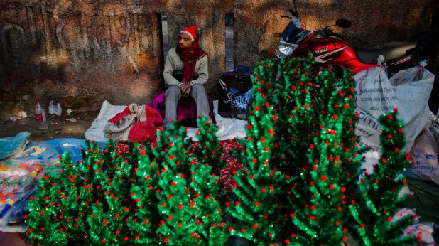 Пластмасови елхи в Индия