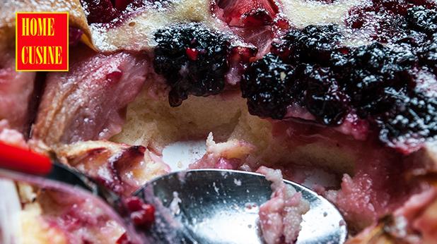 клафути с ягоди, малини и къпини