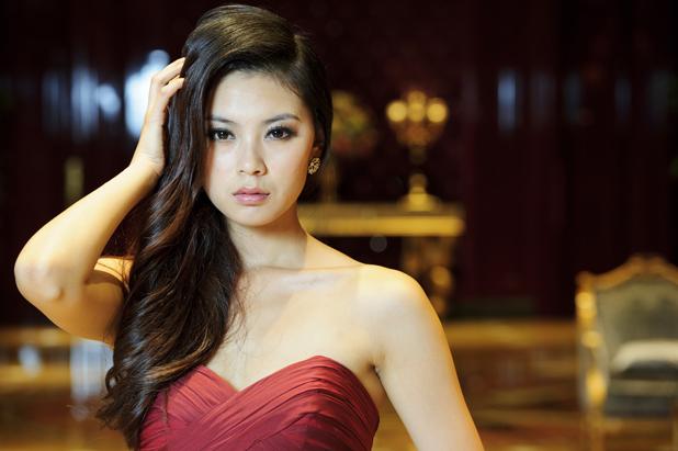 Yu Wenxia 2012