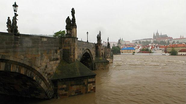наводнена прага