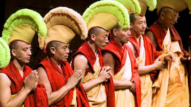 монаси далай лама