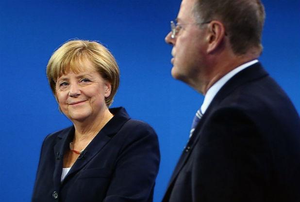 Ангела Меркел и Пеер Щайнбрюк