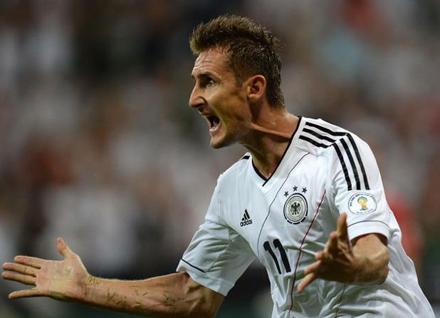 клозе изравни рекорда на герд мюлер в мача германия - австрия 3:0
