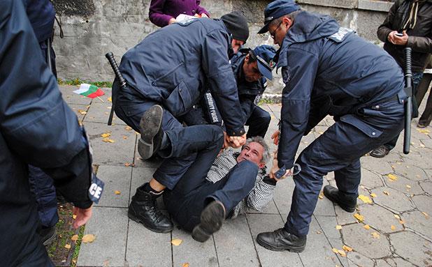 протест, 12 ноември, сблъсъци 12 ноември