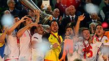 севиля печели за лига европа 221
