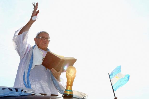 Фен като папа Франциск